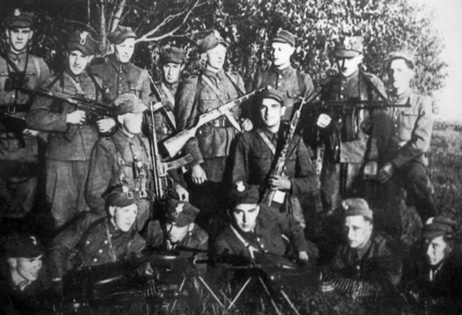 The WiN soldiers carried various weapons. The most popular weapons among the Democratic Resistance soldiers of the Post-World War II underground were the German Stag44, 7.92 cal., as well as Soviet PPSz-41, PPS-43.